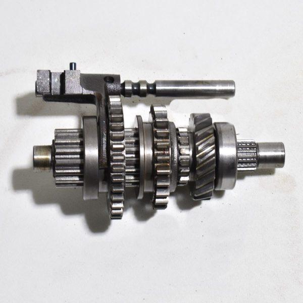 Shifting system Kubota B1600
